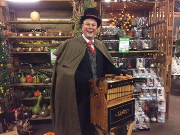 Dickens Kerst draaiorgel draaiorgeltje huren kerstmuziek kerstmarkt entertainment kerstmis kerstliedjes